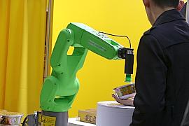 171218ロボット展7ファナック