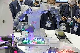 171218ロボット5ABB